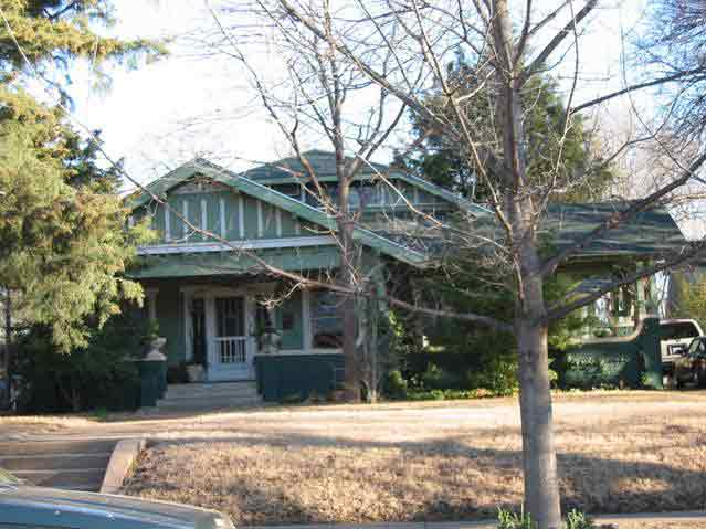 Home styles belmont addition conservation district for Craftsman style homes dfw